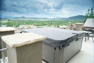 This hot tub has the best views in all of Park City.  No lie!