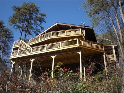 Photo for Huge Decks with A+ Views-Hot Tub-Firepl-King Beds-WiFi-Only 2 Miles from Parkway