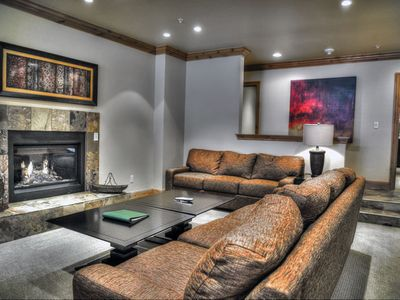 Photo for Ski-in/ski-out end unit condo – shared pool and hot tubs!