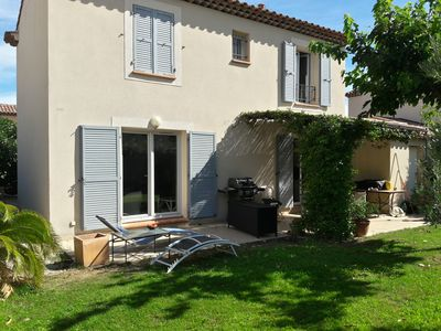 Photo for Bastide with pool in private residence at the foot of the alpilles