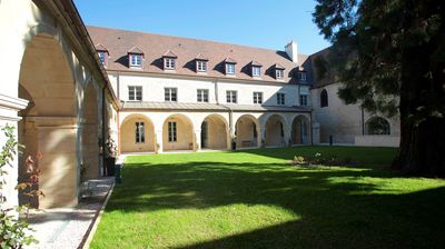 Photo for 1 bedroom accommodation in Dijon