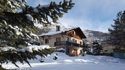 Photo for Beautiful chalet, very comfortable, facing south, in the heart of SERRE CHEVALIER