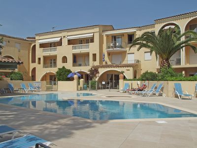 Photo for Apartment in Gassin Saint Tropez with Garden, Pool