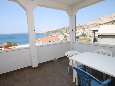 Photo for One bedroom apartment with terrace and sea view Metajna (Pag)