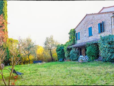 Photo for Tuscany, Siena countryside, farmhouse for 10 people with private garden