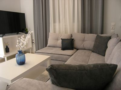 Photo for Cozy Apartment with Jucuzzi & Fitness center - perfect for couples!