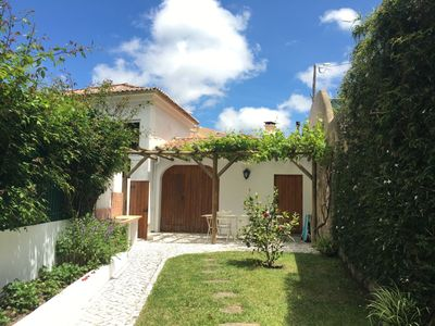 Photo for Delightful Cottage With Landscape Views Of Colares Vineyards
