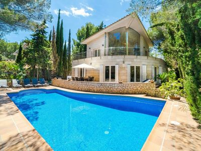 Photo for Spectacular villa with three levels located in quiet area