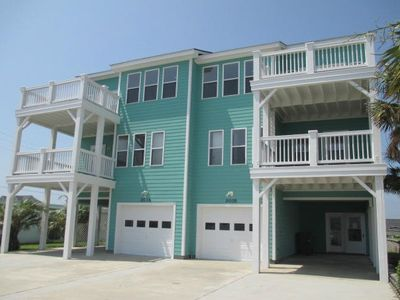 Photo for 3 Bedroom, 3.5 Bath Close to Beach, Affordable!