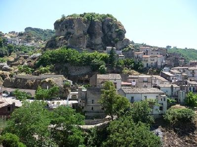 The 'rock' from which Pietrapaola derives its name