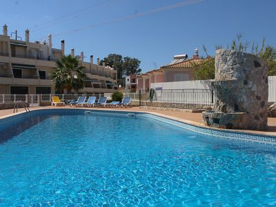 Photo for T2 + 1 House , Paraiso da Mosqueira nº6, with swimming pool in private condominium at 3.5km Sta. Eul