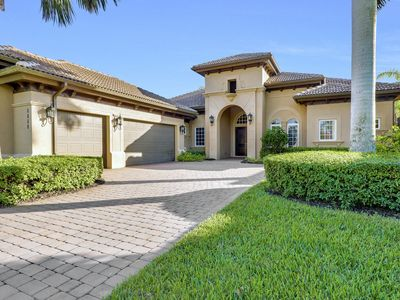 Photo for A Rare Find! Lely Resort Single Family Home in Prestigious Majors Community