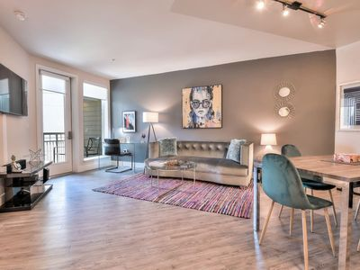 Photo for Modern + Stylish 1BR/1BA Urban Flat with Pool View
