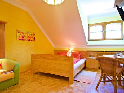 Photo for Poppies - Studio - GUESTHOUSE PENSION LONG