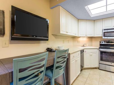 Photo for Myrtle Beach Resort Charming Furnishings with Fully Equipped Kitchen ,