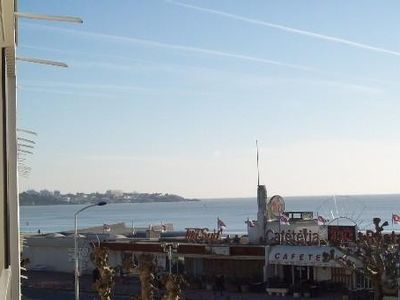 Photo for Sea view apartment 75 m2, beach 50m, thalasso 800m and market to magpie