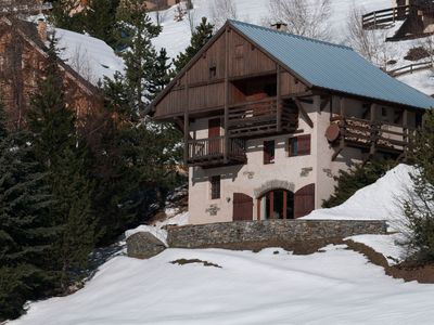 Photo for Gd Family Chalet - back to ski - not to be missed