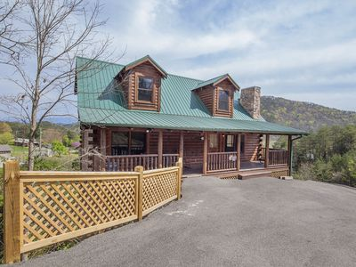 Photo for ERN807 - BLACK BEARRY RIDGE - GREAT LOCATION!  CLOSE TO ALL THE ACTION!