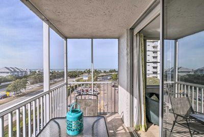 Ocean views and incredible Florida sunsets are visible from the private lanai.