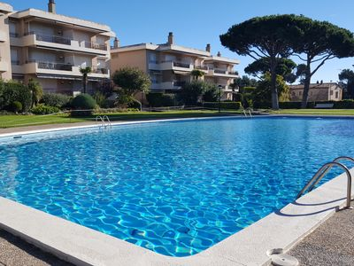Photo for Comfortable 3 bedrooms apartment near the beach