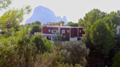Photo for Cala Vadella Villa, Sleeps 8 with Pool and Air Con