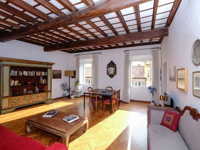 Photo for Via Giulia Art & Charm Home - Apartment for 5 people in Roma