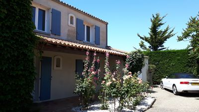 Photo for House in l'Houmeau with uninterrupted sea view facing l'ile de Re