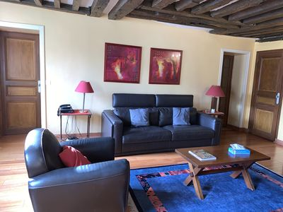 Photo for Rue du Temple. Spacious 1 bedroom in the Marais. Classical and peaceful.
