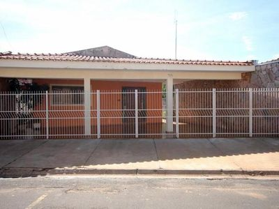 Photo for CASA GRATÃO- Comfortable, Airy, great location. (WiFi), 6 min. of the Park