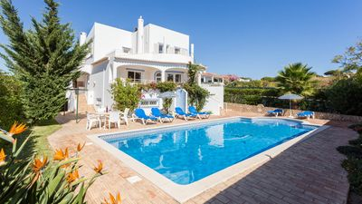 Photo for UP TO 30% OFF! Peaceful villa w/pool, games room, AC,  WiFi, 500m to Coelha beac