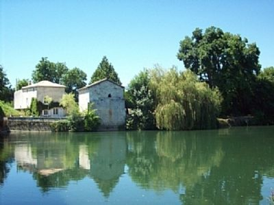 Photo for Riverside Cottage Between Cognac And Angouleme, Sleeps 4