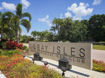 Photo for Spacious 3 bedroom 2.5 bath villa with private pool in Bay Isles of Longboat Key!