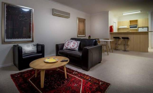 East perth 2 br affordable riverside luxury 45 perth for Affordable furniture perth