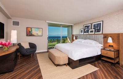 Photo for Studio King Suite With Balcony & Beautiful Resort View