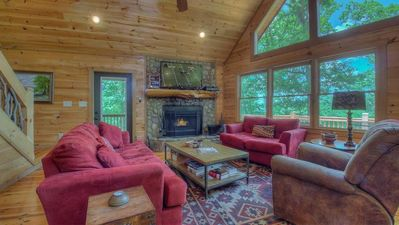 Photo for Castle Ridge- Pet Friendly | Panoramic Views | Screened Porch