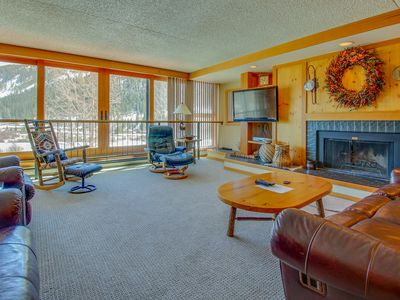Photo for Summit County ski lodge w/slope view & resort pool & hot tub