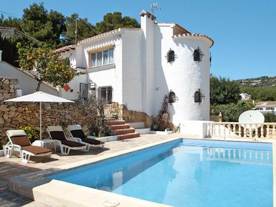 Photo for Villas, Calpe  in Um Valencia - 6 persons, 3 bedrooms