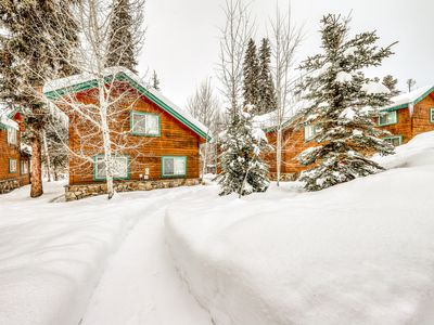 Photo for Pleasant dog-friendly home w/access to shared pool, hot tub, sauna, & more!