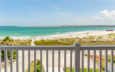 You'll dream wonderful dreams of Porpoise Point Beach - Just steps away from Pirate's Paradise in St. Augustine, FL, you'll find pristine beaches where gentle waves lap against the sand and soft ocean breezes wrap around you.