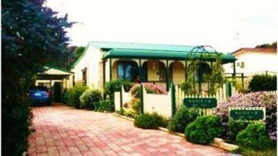 Photo for 2BR Cottage Vacation Rental in Loch Sport, VIC