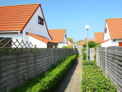 Photo for Vacation home New Village Park  in Bredene, Coast - 5 persons, 3 bedrooms