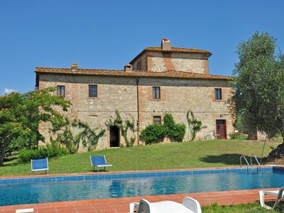 Photo for 1BR Apartment Vacation Rental in Castelnuovo Berardenga, Tuscany