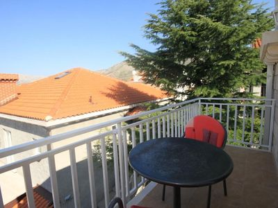 Photo for Studio flat with balcony and sea view Cavtat, Dubrovnik (AS-8576-a)