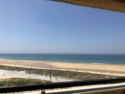 Photo for Magnificent 60m² apartment - 6 people with ocean view terrace South Beach