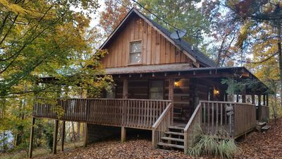 Photo for Cabin - Pigeon Forge - Great location -  Secluded - Hot tub - Mountain views