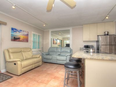Sea Rocket 30 North Redington Beach 1 Bedroom W/Private Balcony NEWLY Decorated