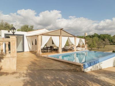 Photo for Nice country house with private saltwater pool, chill out, table tennis and BBQ