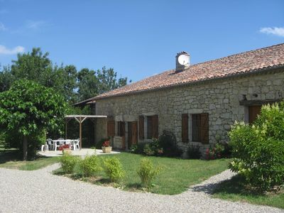 Photo for 5 Places pretty cottage with pool Plieux (Gers, Gascony)