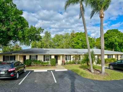 Photo for Cozy 1 Bedroom Ground Floor Unit in Palm Aire: Sarasota 22
