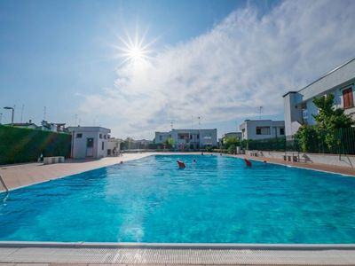 Photo for First floor villa in residence with swimming pool, large garden and terrace, bbq